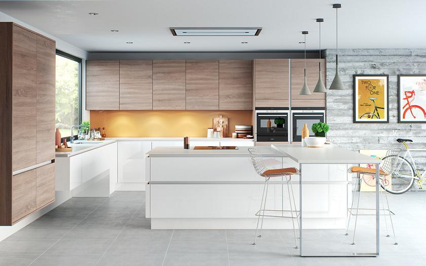 tủ bếp được kết hợp cùng bàn đảo sang trọng