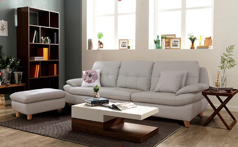 Với chiếc ghế sofa dáng dài vừa là không gian cho gia đình nghỉ ngơi, thư giãn vừa là nơi đón khách quý rất thuận tiện.