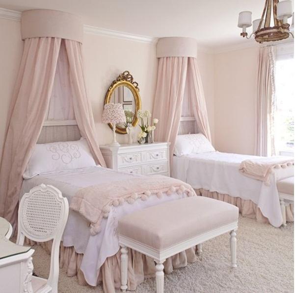 phòng ngủ dành riêng cho các cô nàng thích làm công chúa