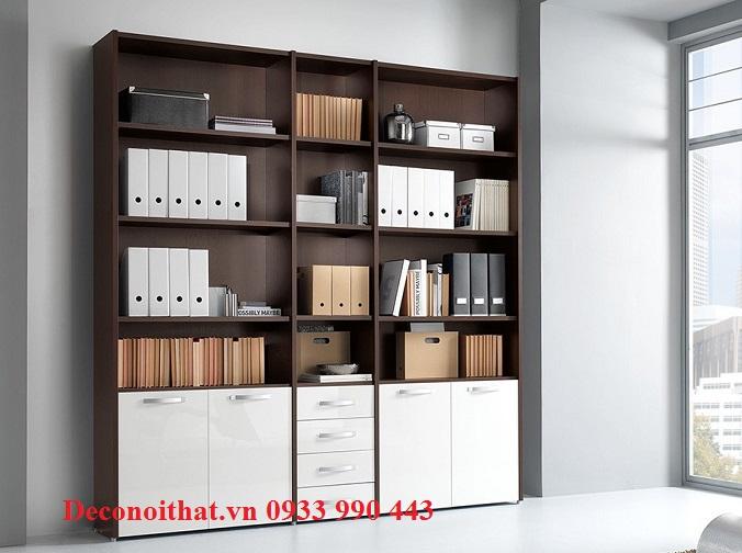 Tủ hồ sơ 026TP với thiết kế hiện đại, mặt cánh phủ acrylic bóng gương sẽ là nơi cất trữ tài liệu lý tưởng cho văn phòng của bạn.