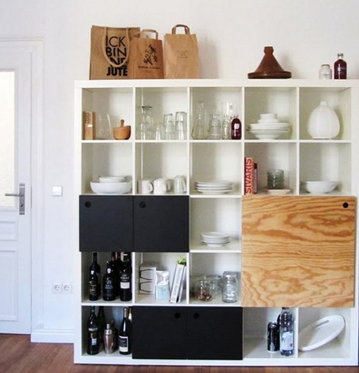 Không chỉ phù hợp trong phòng khách,phòng làm việc mà còn rất phù hợp với phòng bếp giúp tăng không gian lưu trữ