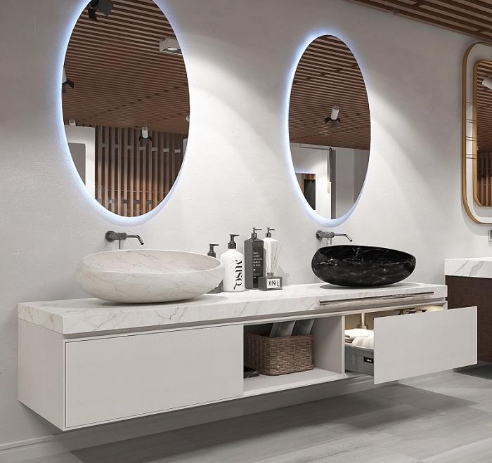 Mẫu Tủ lavabo đẹp với thiết kế treo tường sẽ được dự đoán làm khuynh đảo năm 2020. Với kiểu dáng gọn gàng nhỏ nhắn sẽ rất phù hợp với từng không gian phòng tắm của mỗi gia đình.