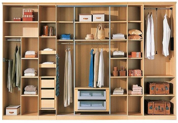 Cách đặt tủ quần áo cũng rất quan trọng cho phòng ngủ luôn khỏe mạnh