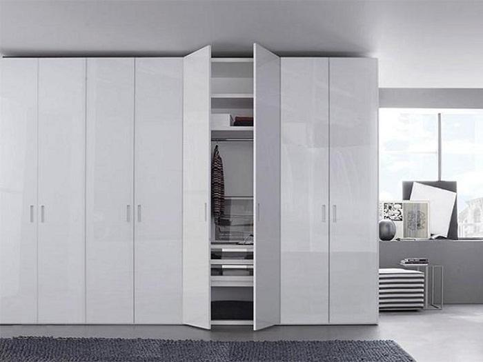 Cách chọn tủ quần áo cao đụng trần cho không gian phòng ngủ nhỏ