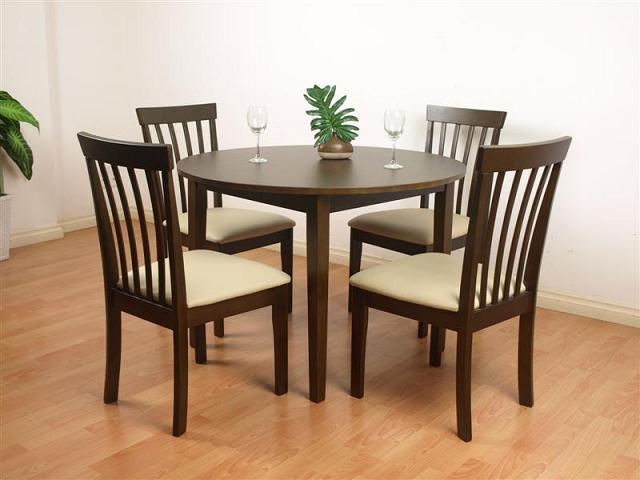 Thiết kế Bộ bàn tròn đẹp độc đáo với kiểu dáng hiện đại, tiện dụng, dễ bài trí trong nhiều không gian phòng bếp gia đình