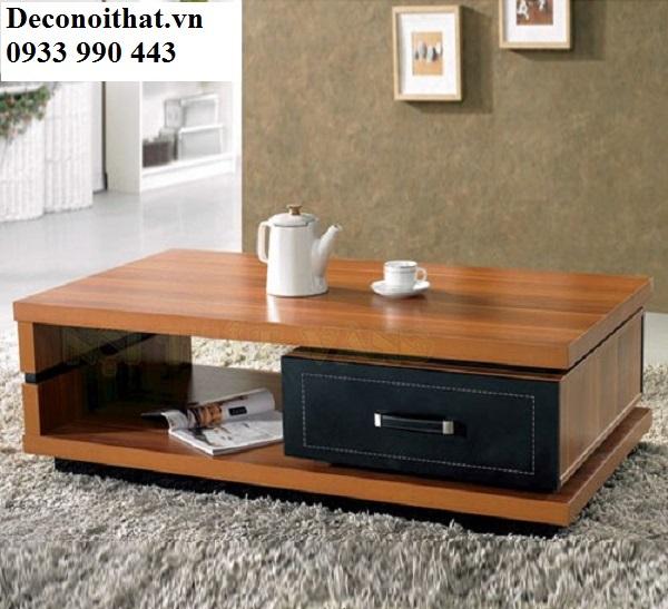 bàn sofa hiện đại giá rẻ với kiểu dáng và màu sắc đơn giản, mộc mạc mang lại sự gần gũi cho cả căn phòng.