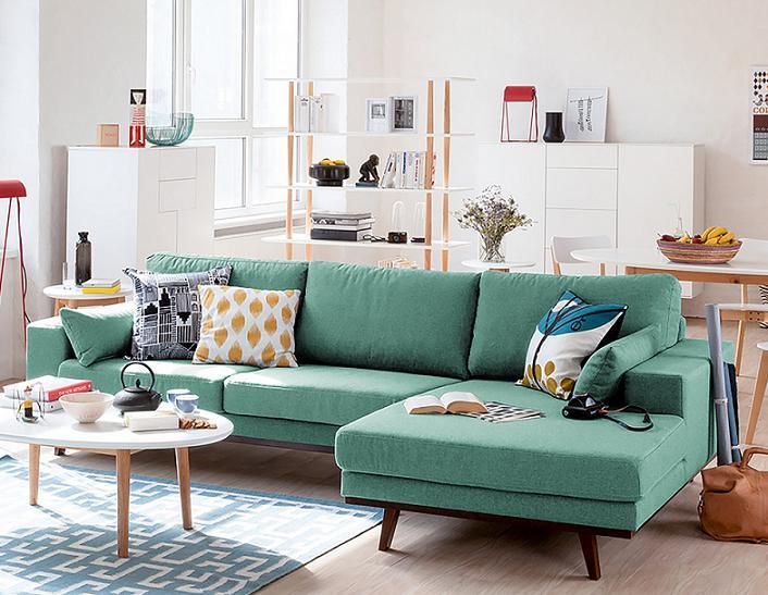 Xu hướng ghế sofa chữ L rất được khách hàng lựa chọn đặt trong phòng khách rộng rãi