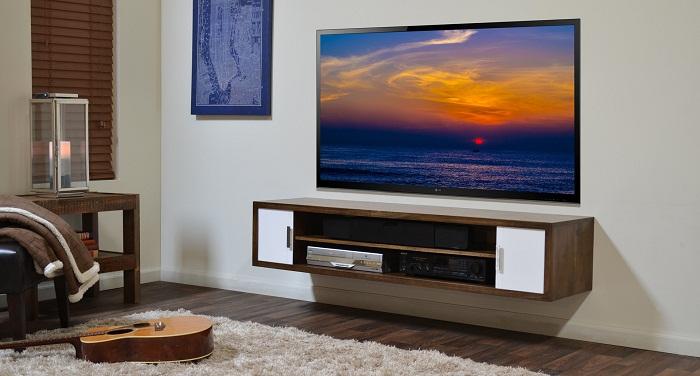 Nới rộng không gian phòng ngủ bằng Kệ tivi treo tường đơn giản ,sang trọng