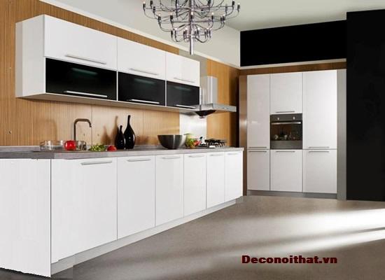 Tủ bếp màu trắng hiện đại sẽ mang lại cảm giác nhẹ nhàng, ấm áp cho căn bếp của bạn.