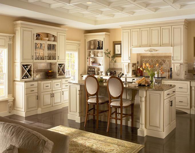 Tủ  bếp gỗ sồi được thiết kế theo phong cách bán cổ điển